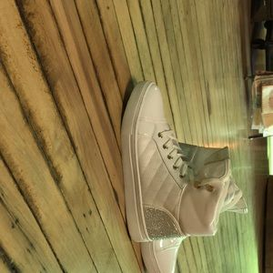 Guess high top woman's sneakers